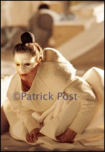 Nederland. Amsterdam, 30-05-2000 WG- Holland festival. Actrice / toneelspeelster Marion van den Akker tijdens een repetitie / try-out. Foto: Patrick Post